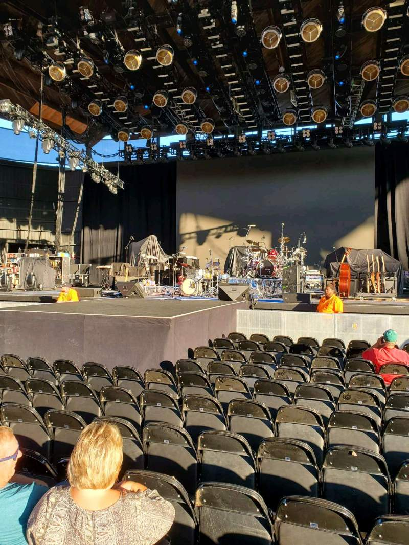 Seating view for Alpine Valley Music Theatre Section 202 Row P Seat 112