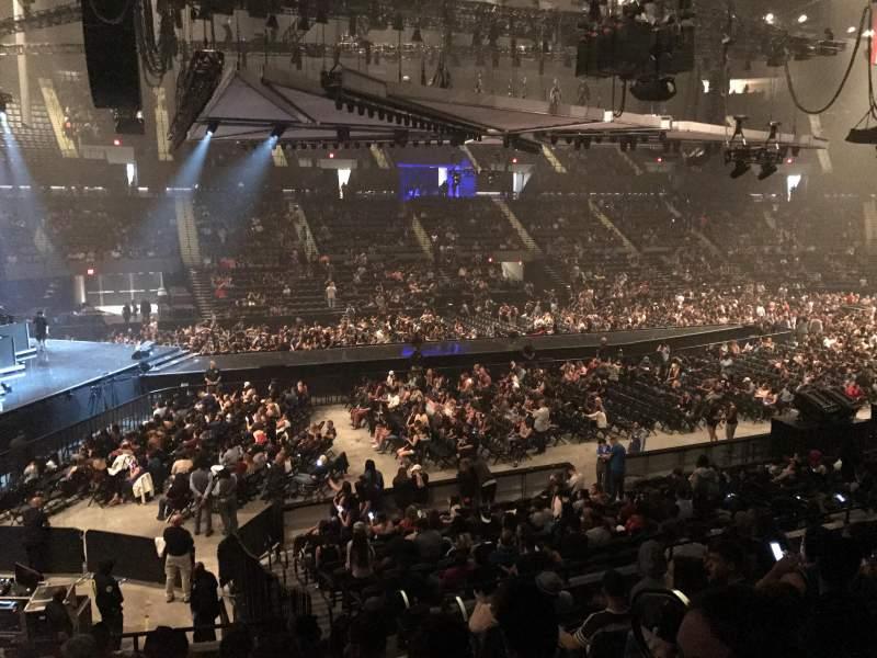 Nassau Veterans Memorial Coliseum, section: 120, row: 8, seat: 3
