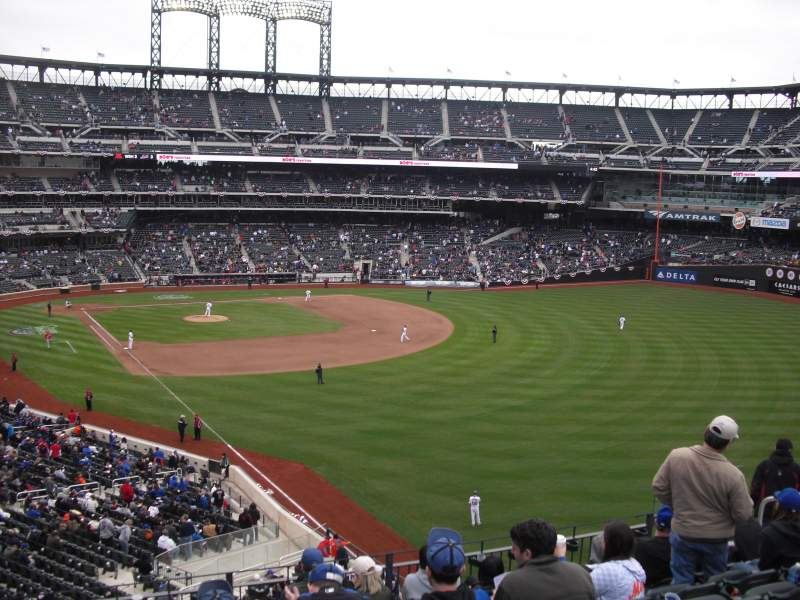 Seating view for Citi Field Section 305 Row 8 Seat 1