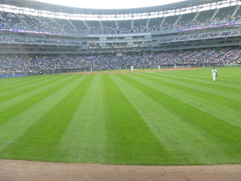 Seating view for Guaranteed Rate Field Section 100 Row 1 Seat 1