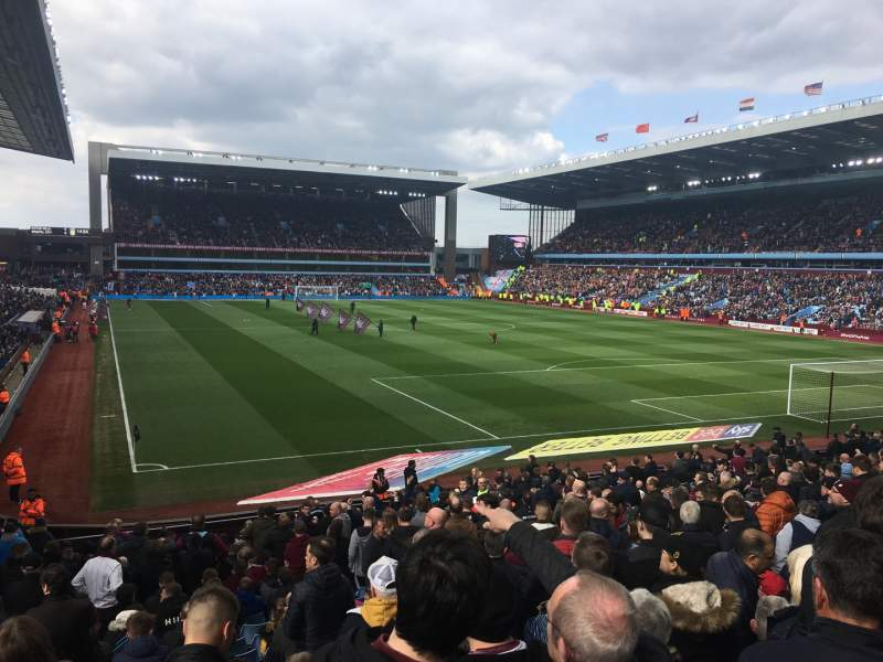 Seating view for Villa Park Section L8 Row MM Seat 209