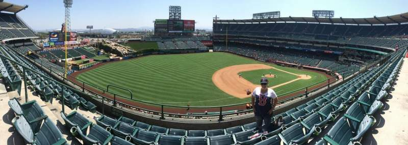 Seating view for Angel Stadium Section V410 Row B Seat 8