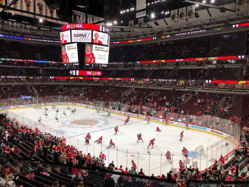 Seating view for United Center Section 213 Row 1 Seat 6