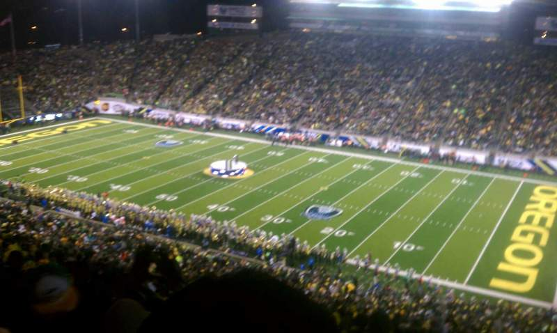 Seating view for Autzen Stadium Section 27 Row 74 Seat 13