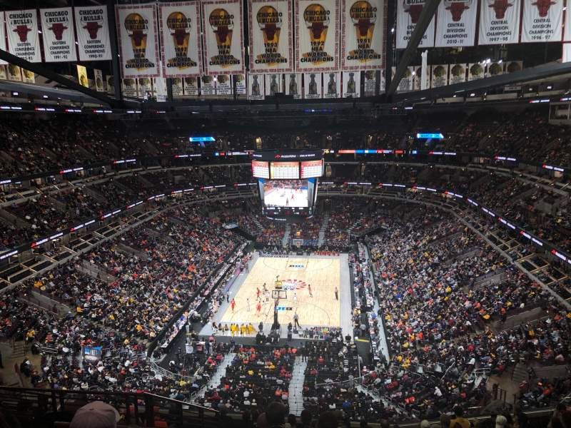 Seating view for United Center Section 325 Row 13 Seat 17