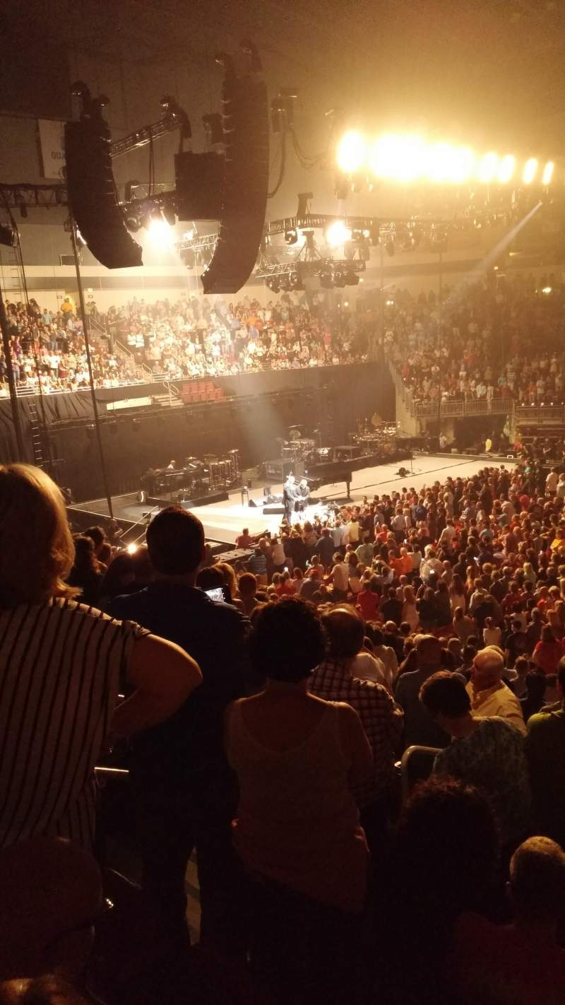 Giant Center, section: 120, row: R, seat: 15