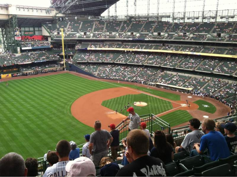 Seating view for Miller Park Section 434 Row 15 Seat 10