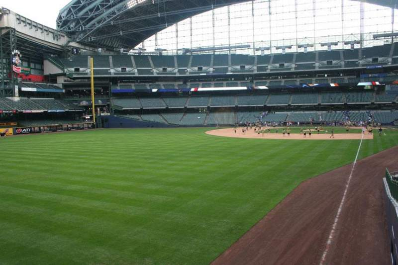Seating view for Miller Park Section 131 Row 24 Seat 11