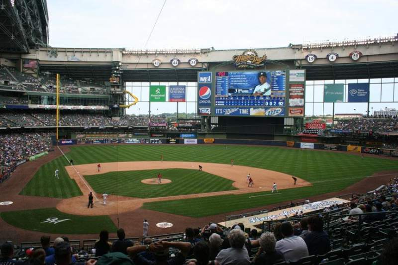 Seating view for Miller Park Section 216 Row 10 Seat 6