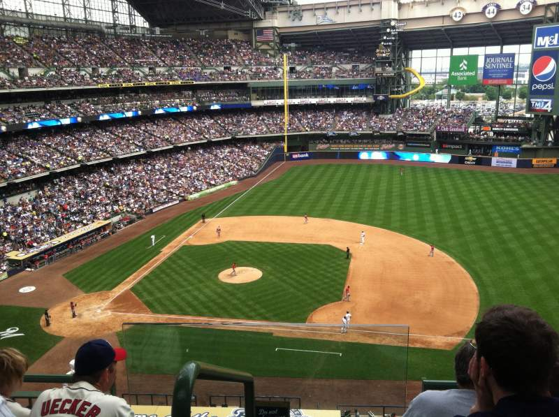Seating view for Miller Park Section 413 Row 4 Seat 13