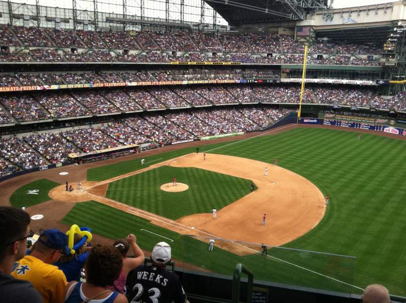 Seating view for Miller Park Section 410 Row 3 Seat 20