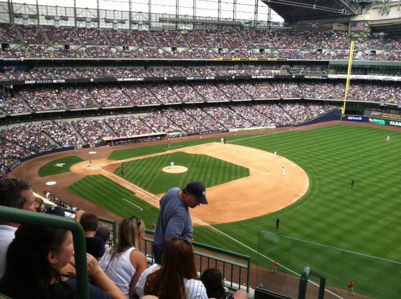 Seating view for Miller Park Section 408 Row 3 Seat 20