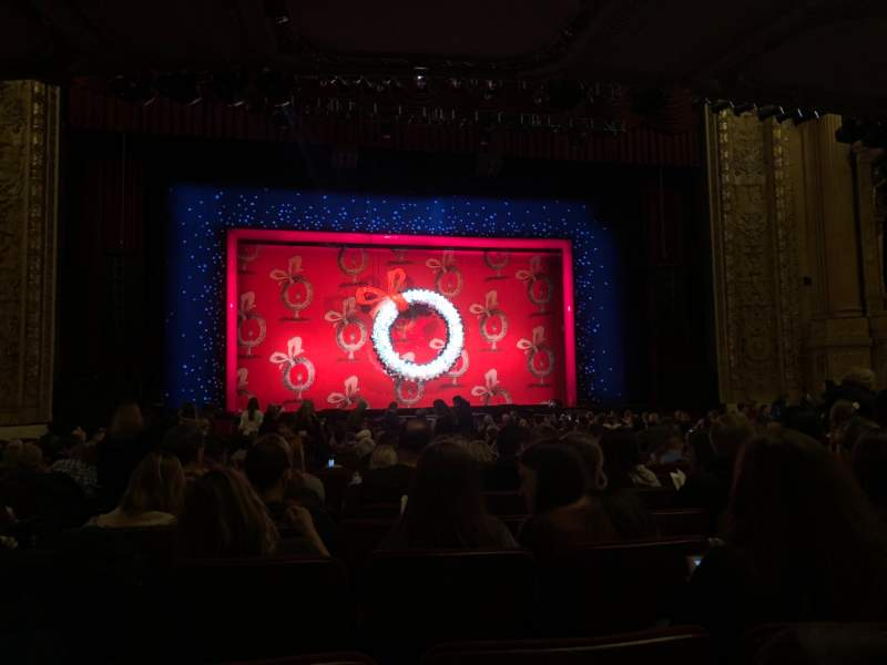 Seating view for Chicago Theatre Section MNFL4L Row J Seat 419