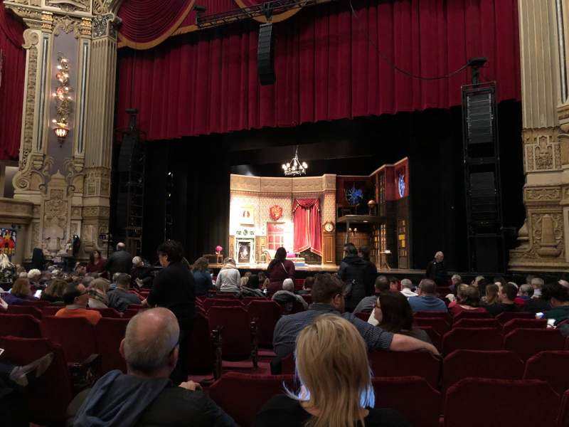 Seating view for Oriental Theatre Section Orchestra Right Row P Seat 6