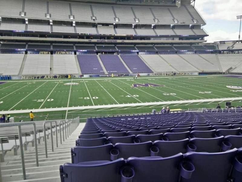 Seating view for Husky Stadium Section 130 Row 27 Seat 27