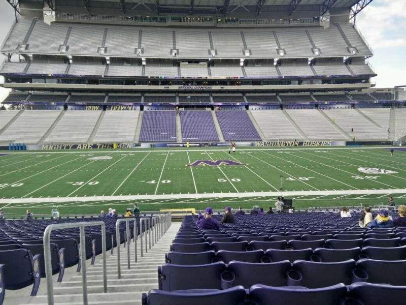 Seating view for Husky Stadium Section 129 Row 27 Seat 27