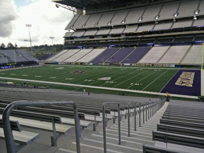 Seating view for Husky Stadium Section 125 Row 41 Seat 46