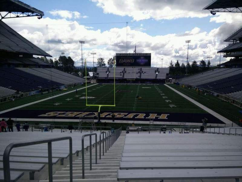 Seating view for Husky Stadium Section 117 Row 35 Seat 25