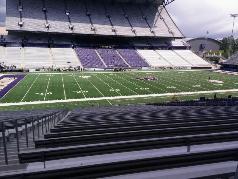 Seating view for Husky Stadium Section 108 Row 40 Seat 25