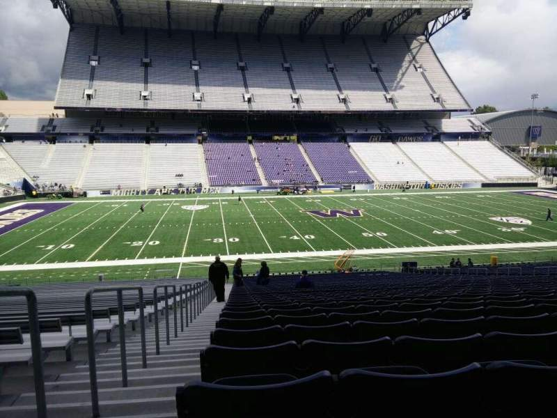 Seating view for Husky Stadium Section 107 Row 40 Seat 25