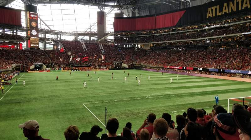 Seating view for Mercedes-Benz Stadium Section 121 Row 19 Seat 12