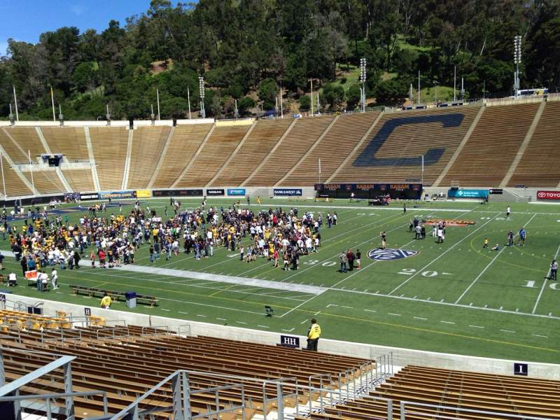 Seating view for California Memorial Stadium Section I Row 27 Seat 26