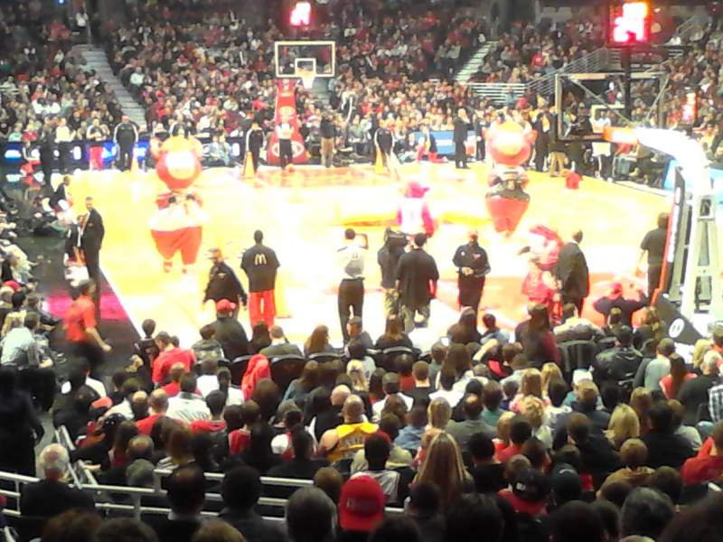 Seating view for United Center Section 107 Row 14 Seat 8