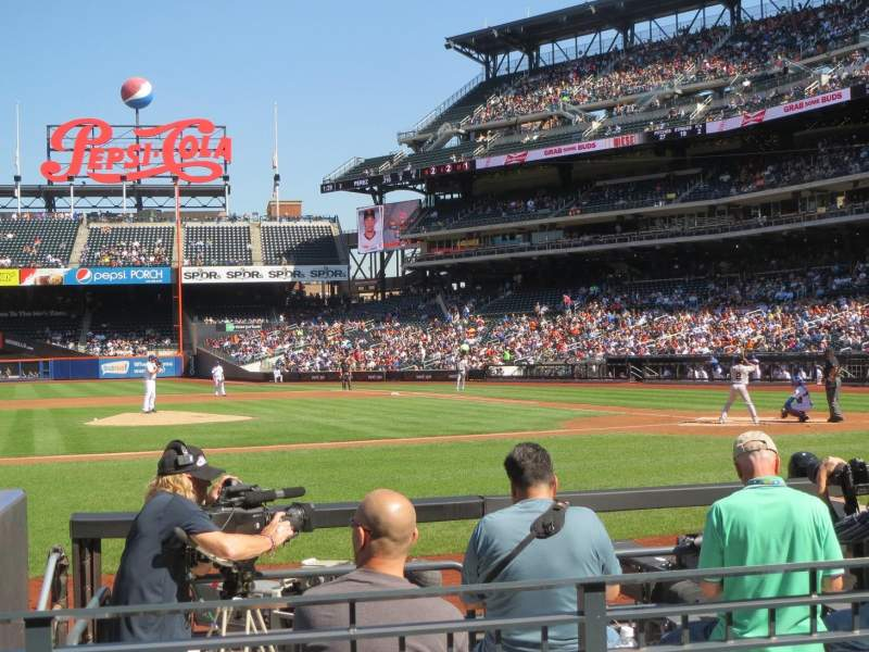 Seating view for Citi Field Section 121 Row 3 Seat 9