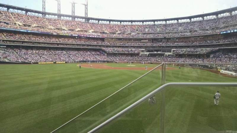 Seating view for Citi Field Section 137 Row 1 Seat 1