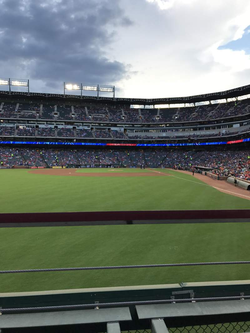 Seating view for Globe Life Park in Arlington Section 6 Row 1 Seat 13