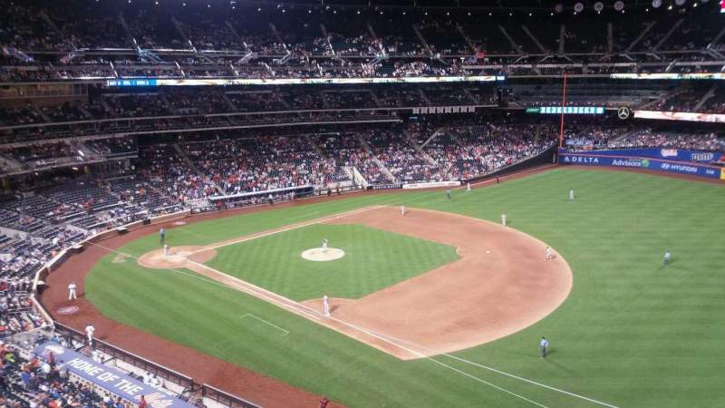 Seating view for Citi Field Section 404 Row 1 Seat 14