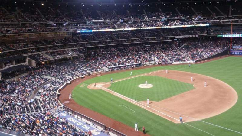 Seating view for Citi Field Section 404 Row 1 Seat 12