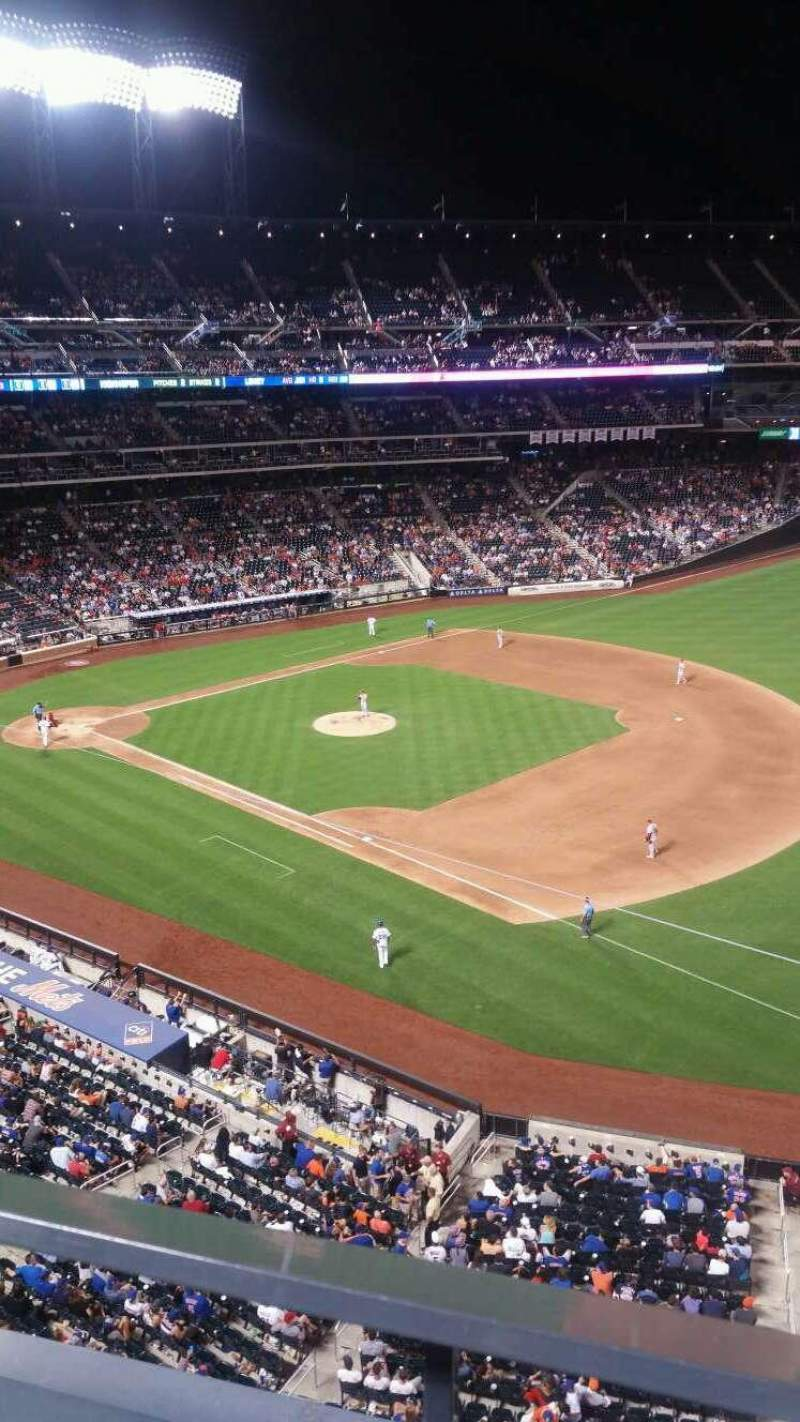 Seating view for Citi Field Section 404 Row 1 Seat 13