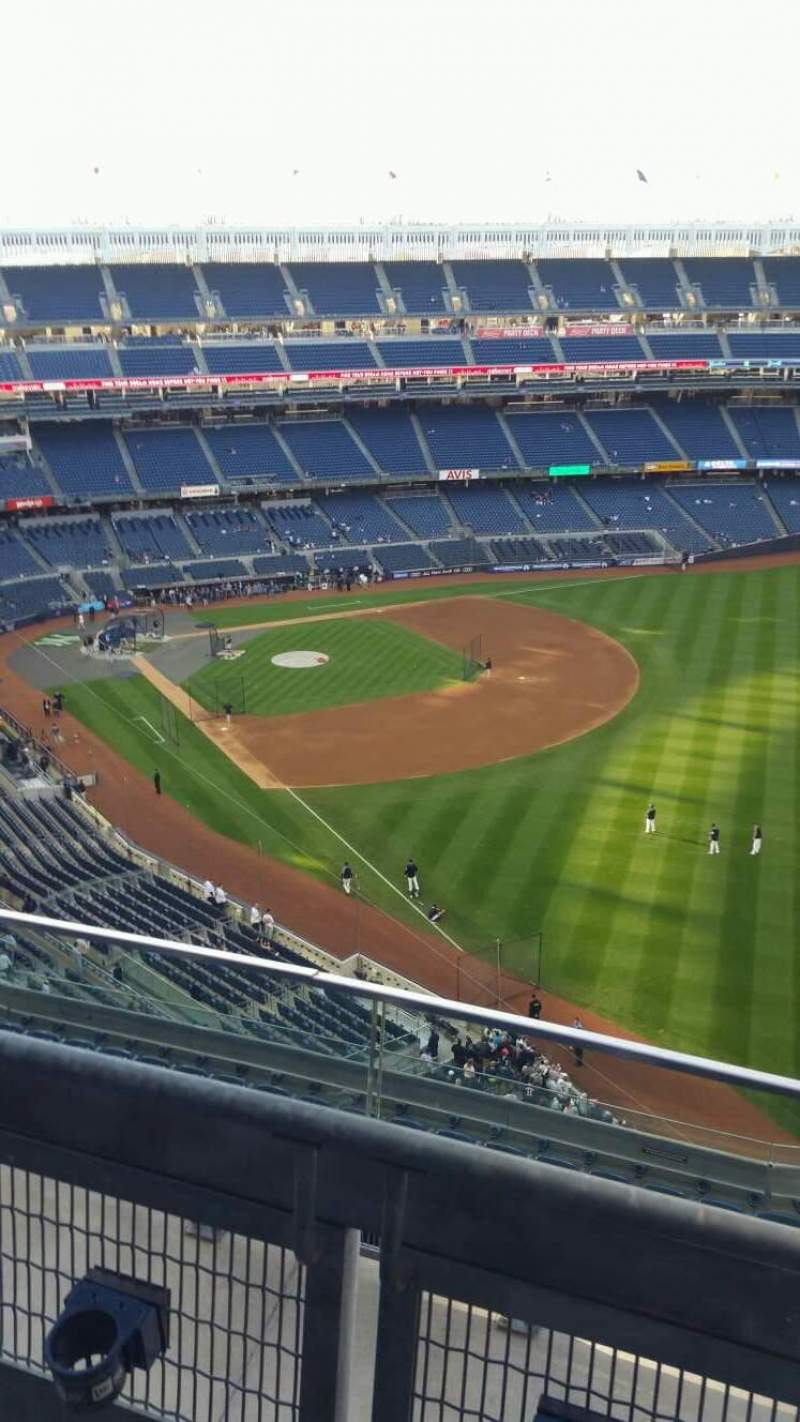 Seating view for Yankee Stadium Section 409 Row 2 Seat 1