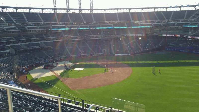 Seating view for Citi Field Section 401 Row 7 Seat 3