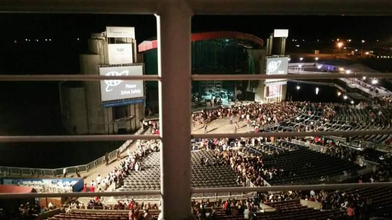 Jones Beach Theater, section: 26, row: A, seat: 9