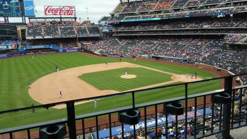 Citi Field, section: 328, row: 2, seat: 16