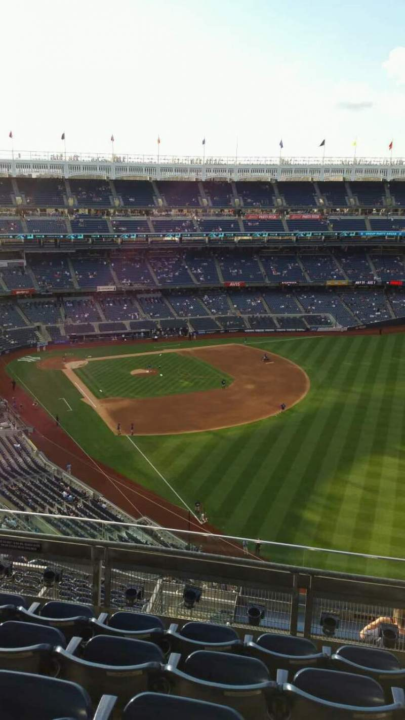 Seating view for Yankee Stadium Section 408 Row 5 Seat 12