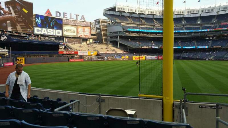 Seating view for Yankee Stadium Section 132 Row 6 Seat 1
