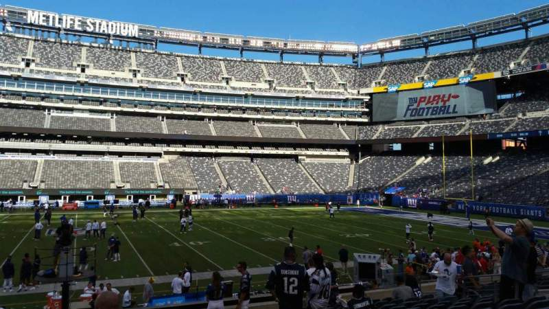 Seating view for MetLife Stadium Section 139 Row 18 Seat 16