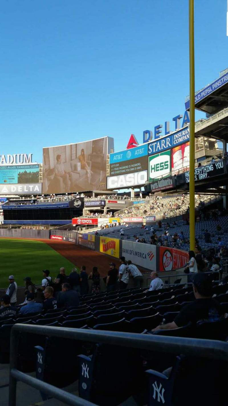 Seating view for Yankee Stadium Section 110 Row 17 Seat 1