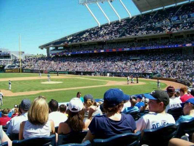 Seating view for Kauffman Stadium Section 119 Row S Seat 7