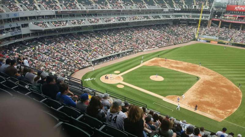 Seating view for Guaranteed Rate Field Section 522 Row 13 Seat 10