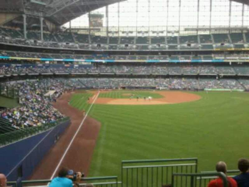 Seating view for Miller Park Section 305 Row 6 Seat 11