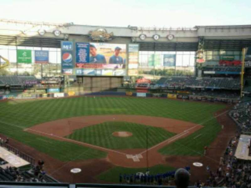 Seating view for Miller Park Section 331 Row 4 Seat 5
