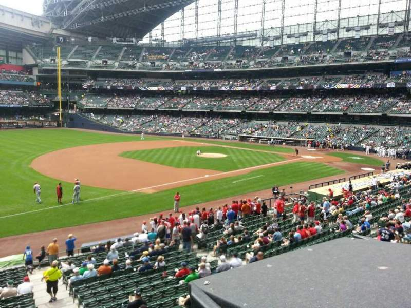 Seating view for Miller Park Section 228 Row 1 Seat 1