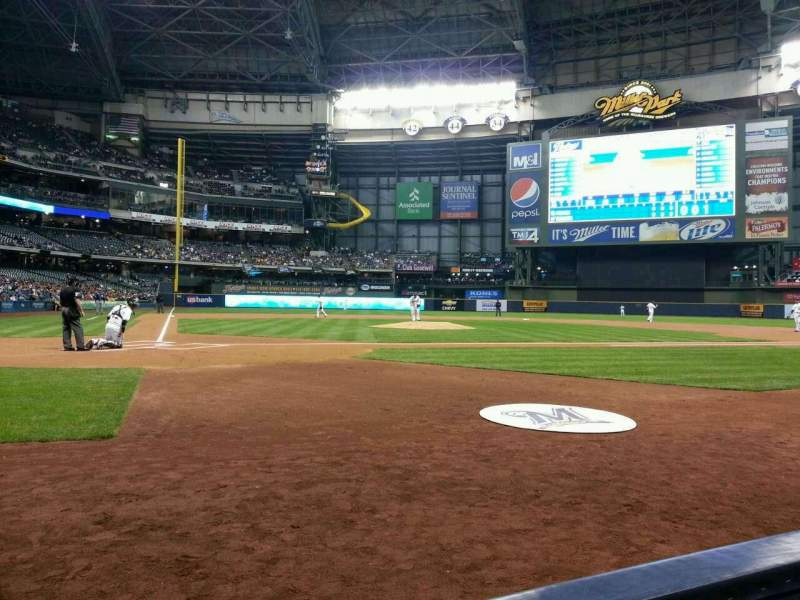 Seating view for Miller Park Section 115 Row 1 Seat 1