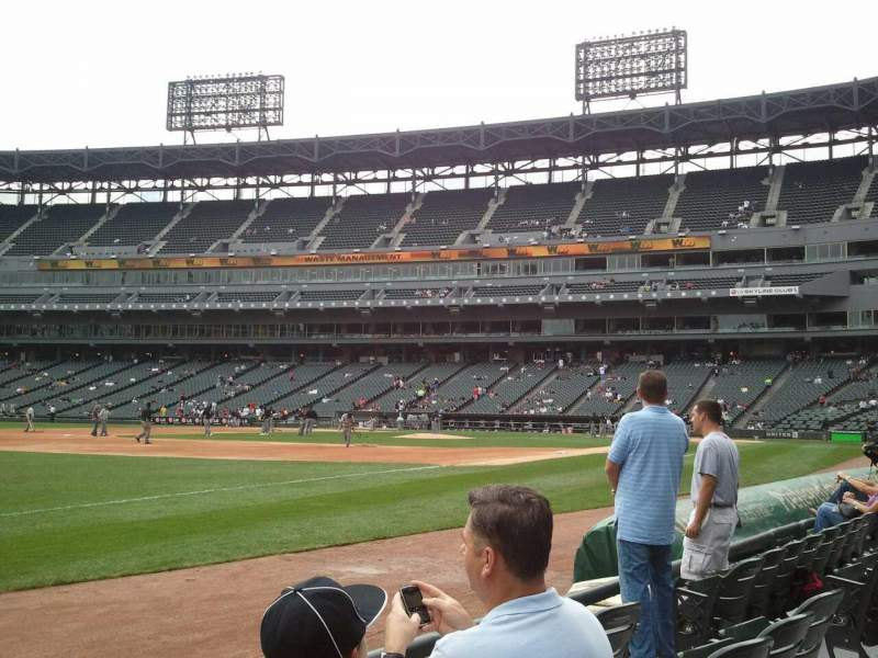 Seating view for Guaranteed Rate Field Section 147 Row 3 Seat 8