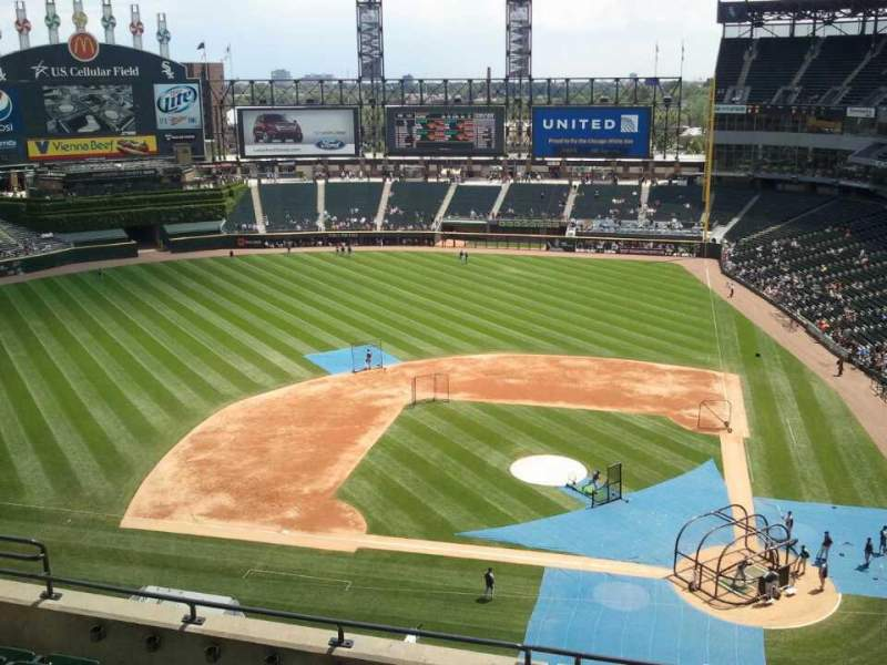 Seating view for Guaranteed Rate Field Section 537 Row 7 Seat 10