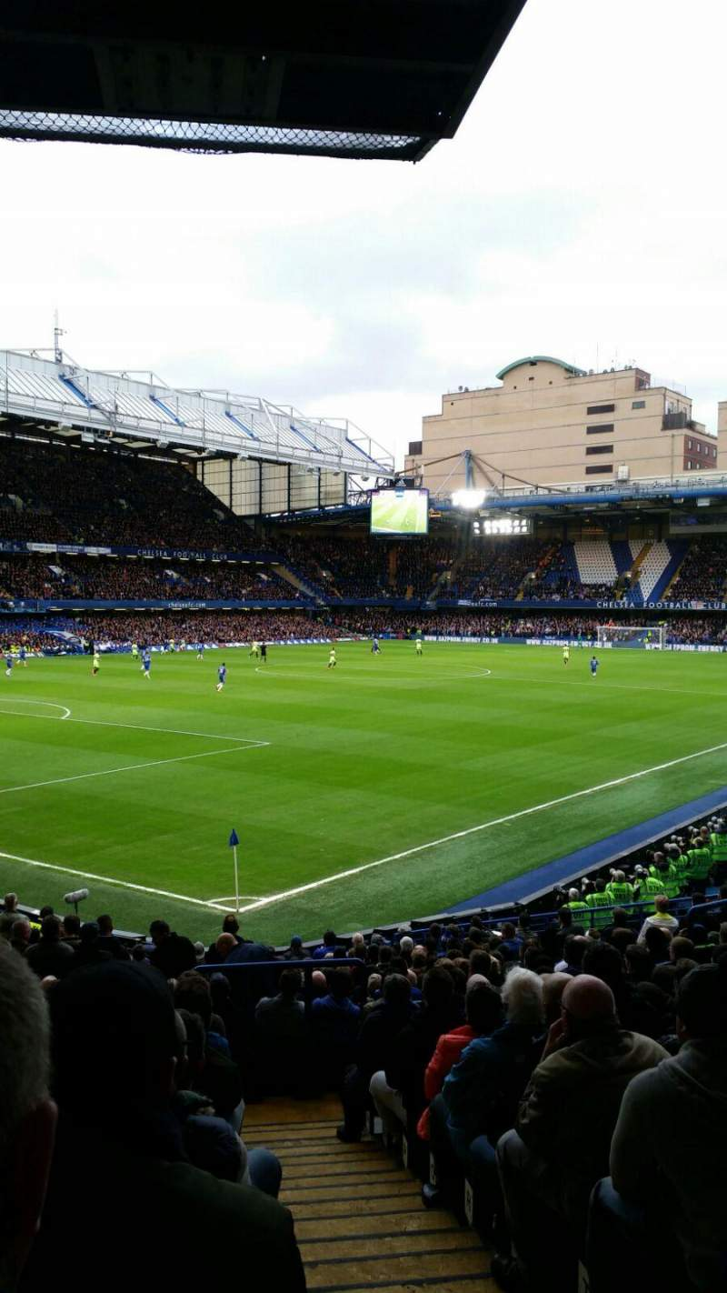 Seating view for Stamford Bridge Section Matthew Harding Lower Row U Seat 395